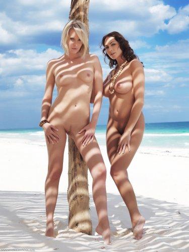 Две подружки Deni & Gabriela обнимаются на белоснежном побережье