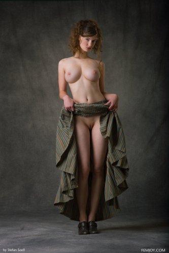 Идеальная фигура Susann с шикарными сиськами