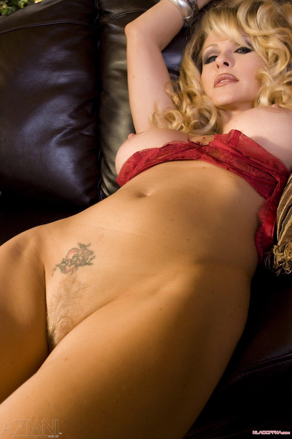 Lauren Hollys Tits