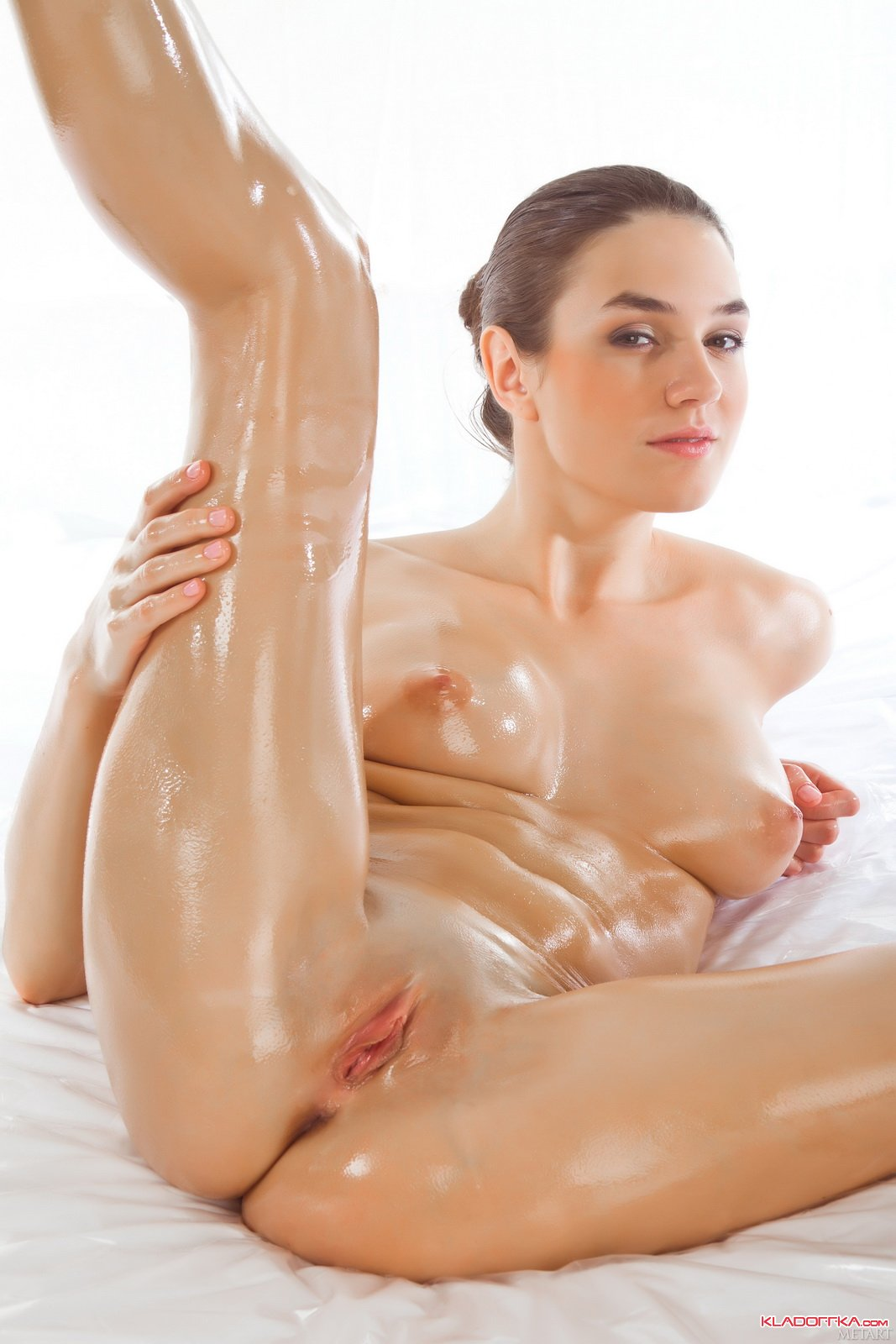 Oiled Up Pussy